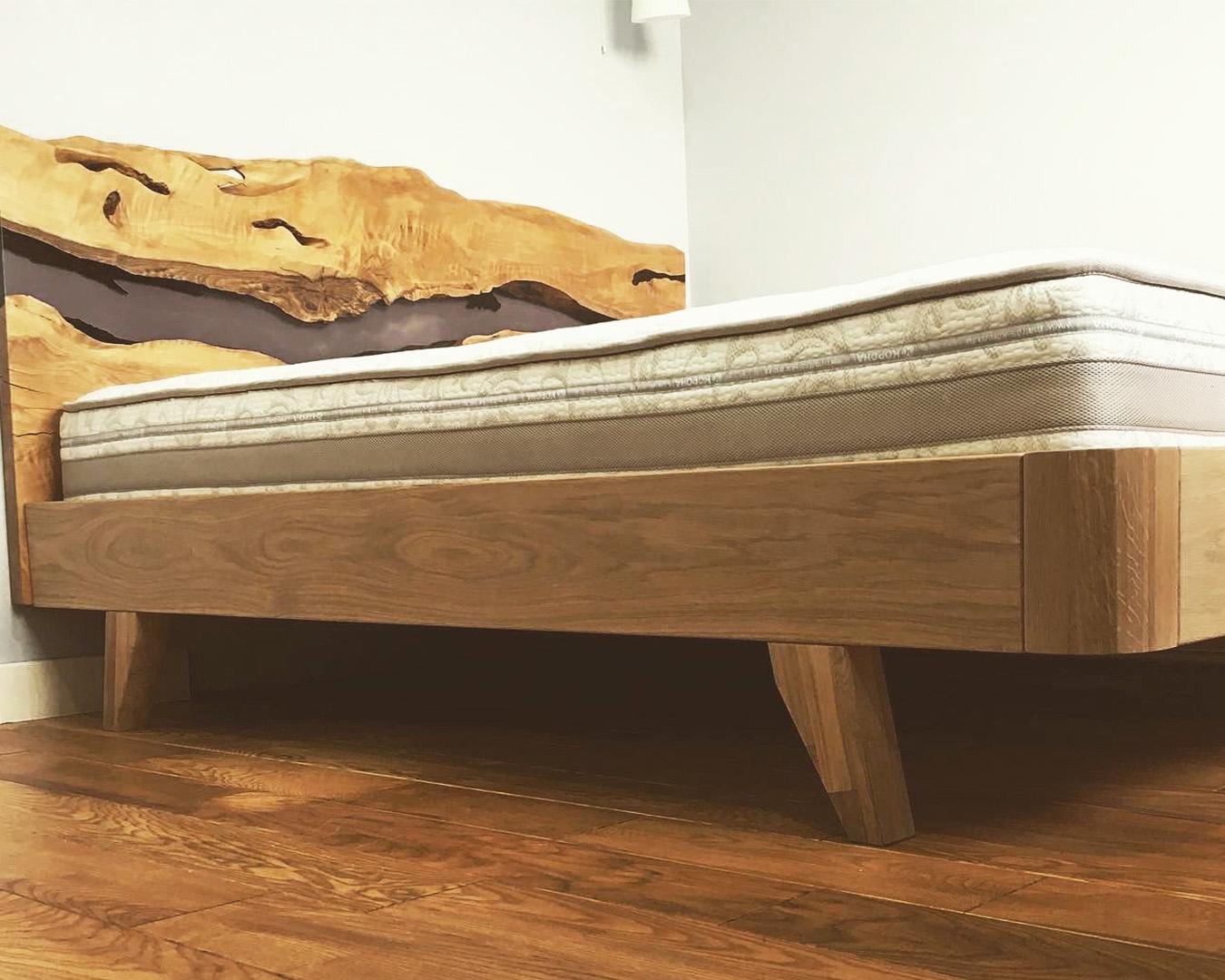 Кровать в скандинавском стиле АЛТА